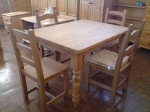 Farmhouse Table 4'' X 3''